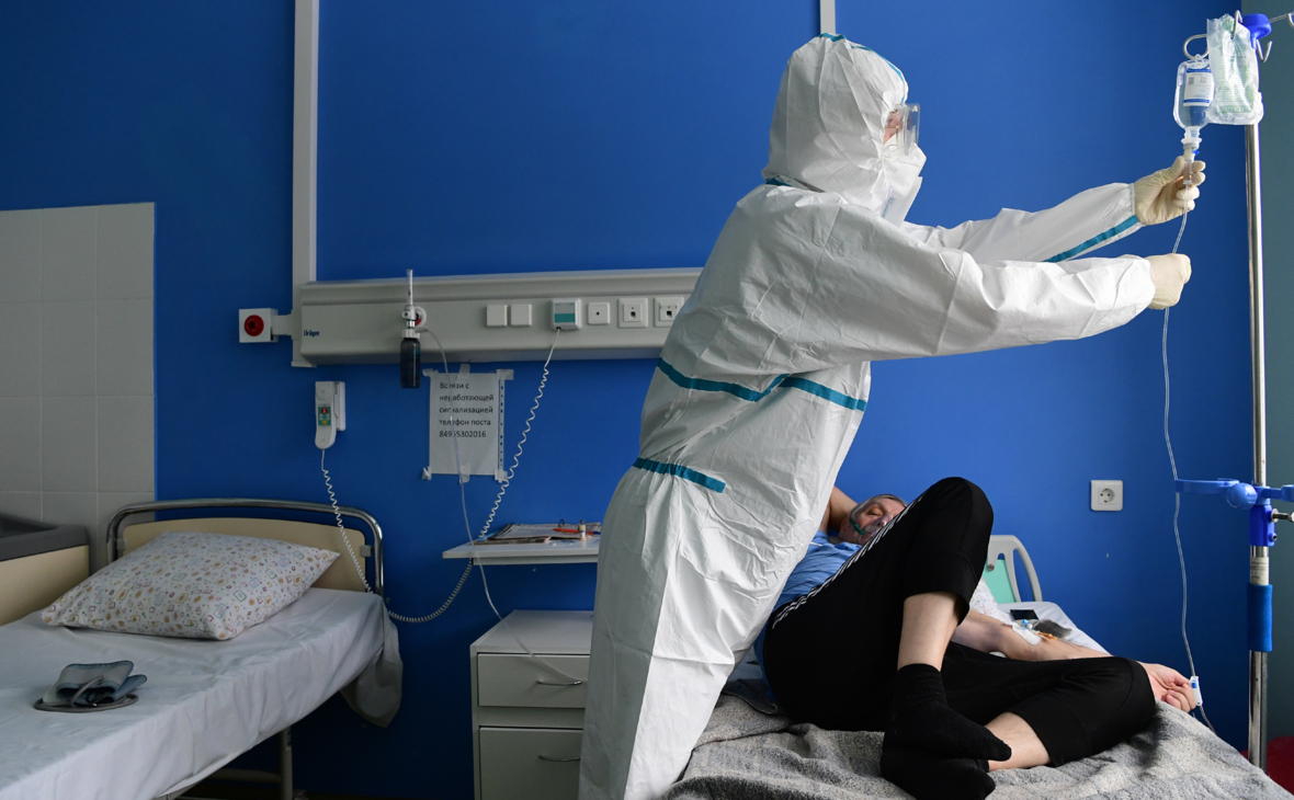 В России впервые за шесть дней выявили более 10 тыс. заболевших COVID-19