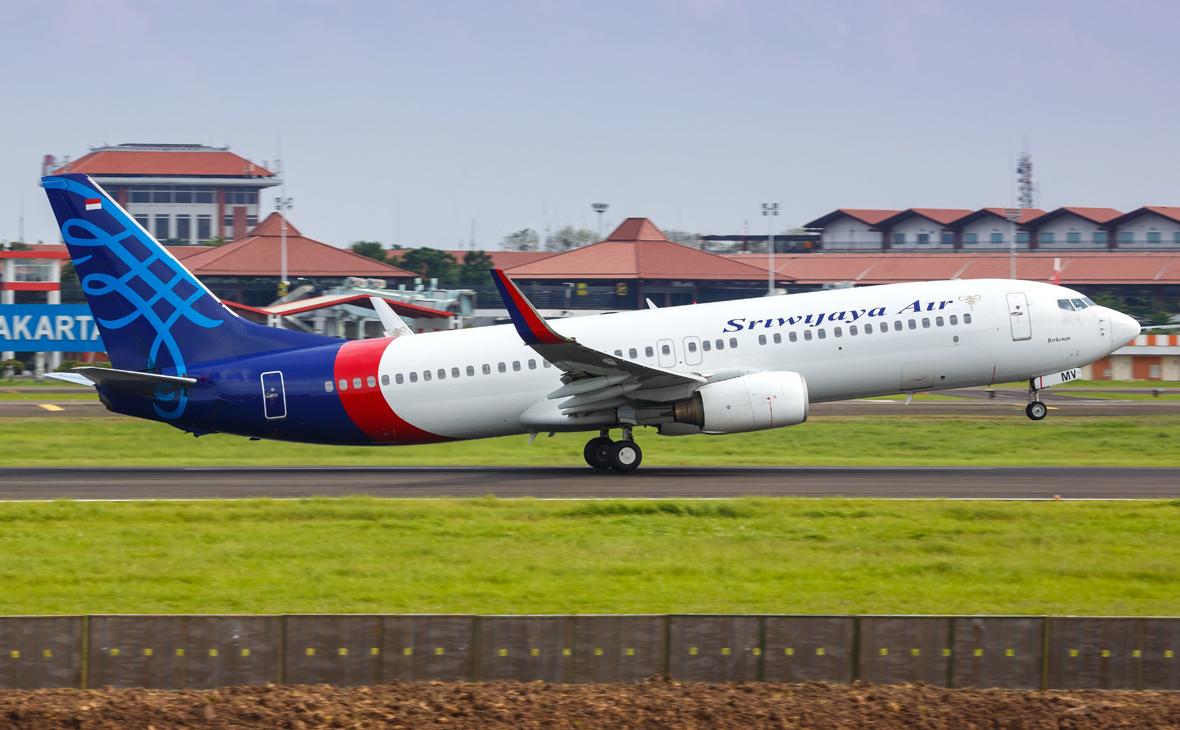 Диспетчеры потеряли связь с вылетевшим из столицы Индонезии Boeing