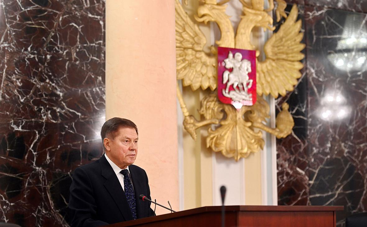 Глава ВС России предложил проводить дознания по делам о побоях и клевете