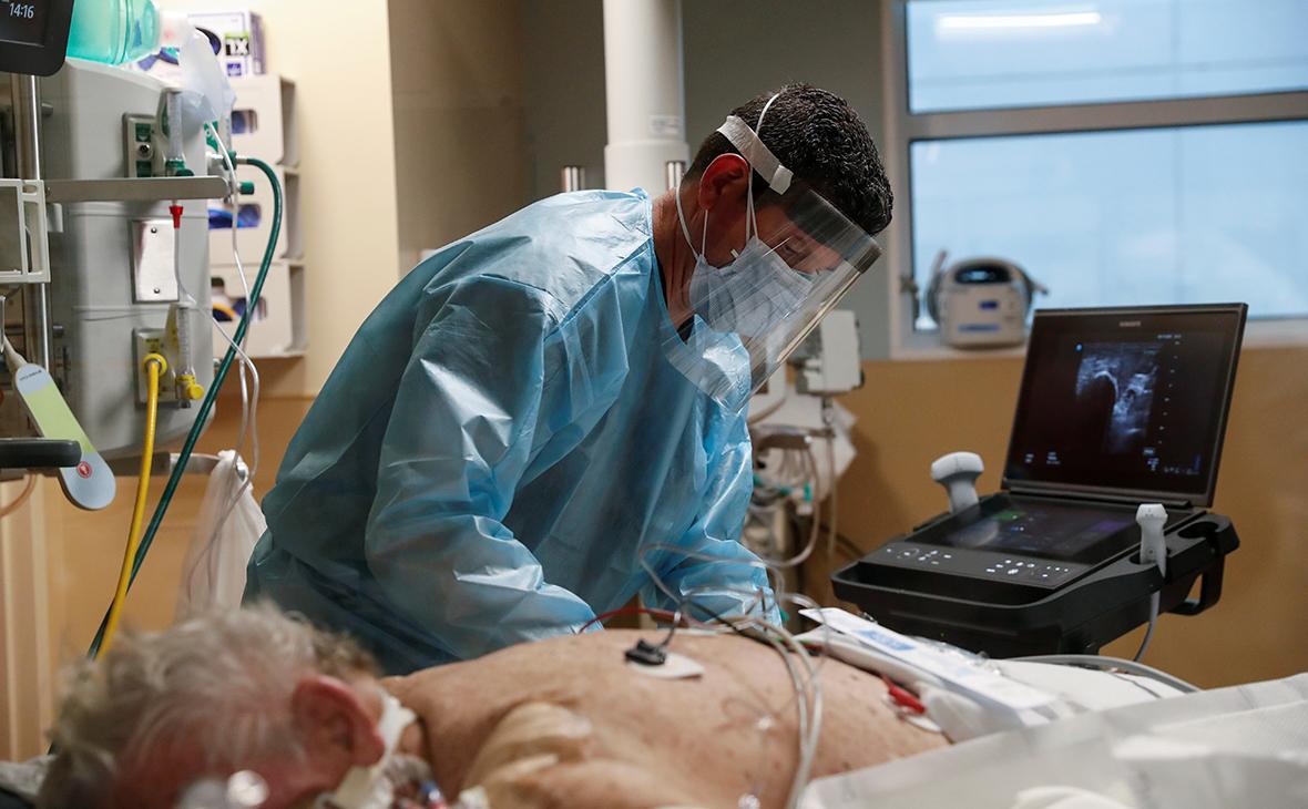 В ВОЗ заявили о риске для переболевших COVID заразиться новыми штаммами