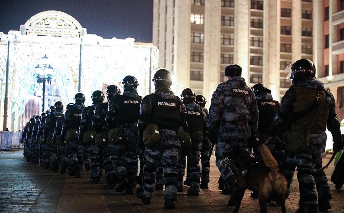 Росгвардия решила обучить студентов журфака МГУ работе на митингах