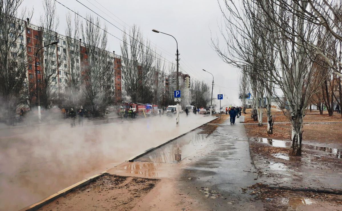 В Волгоградской области при прорыве трубы пострадали четыре человека