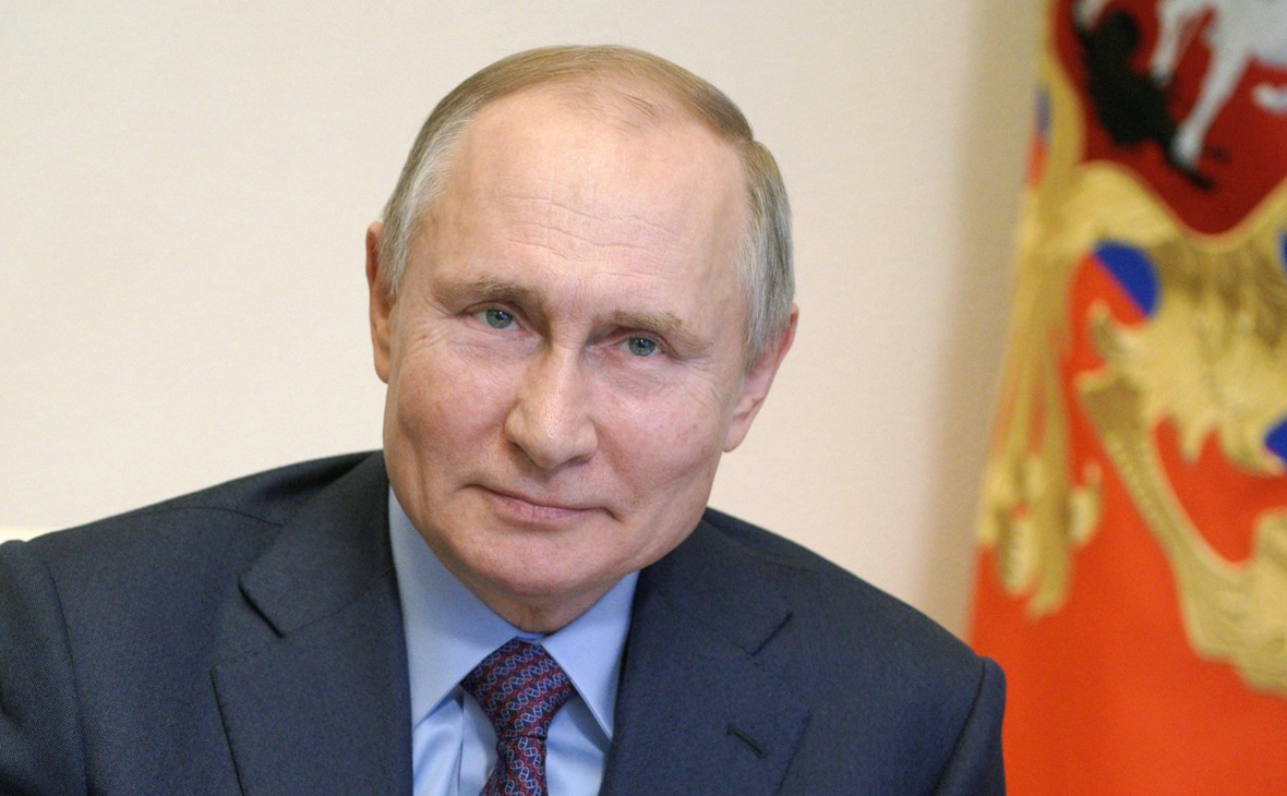 Песков заявил об отсутствии побочных эффектов у Путина после вакцинации
