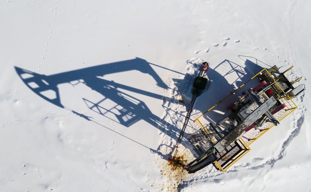 Добыча нефти в России опустилась почти до десятилетнего минимума