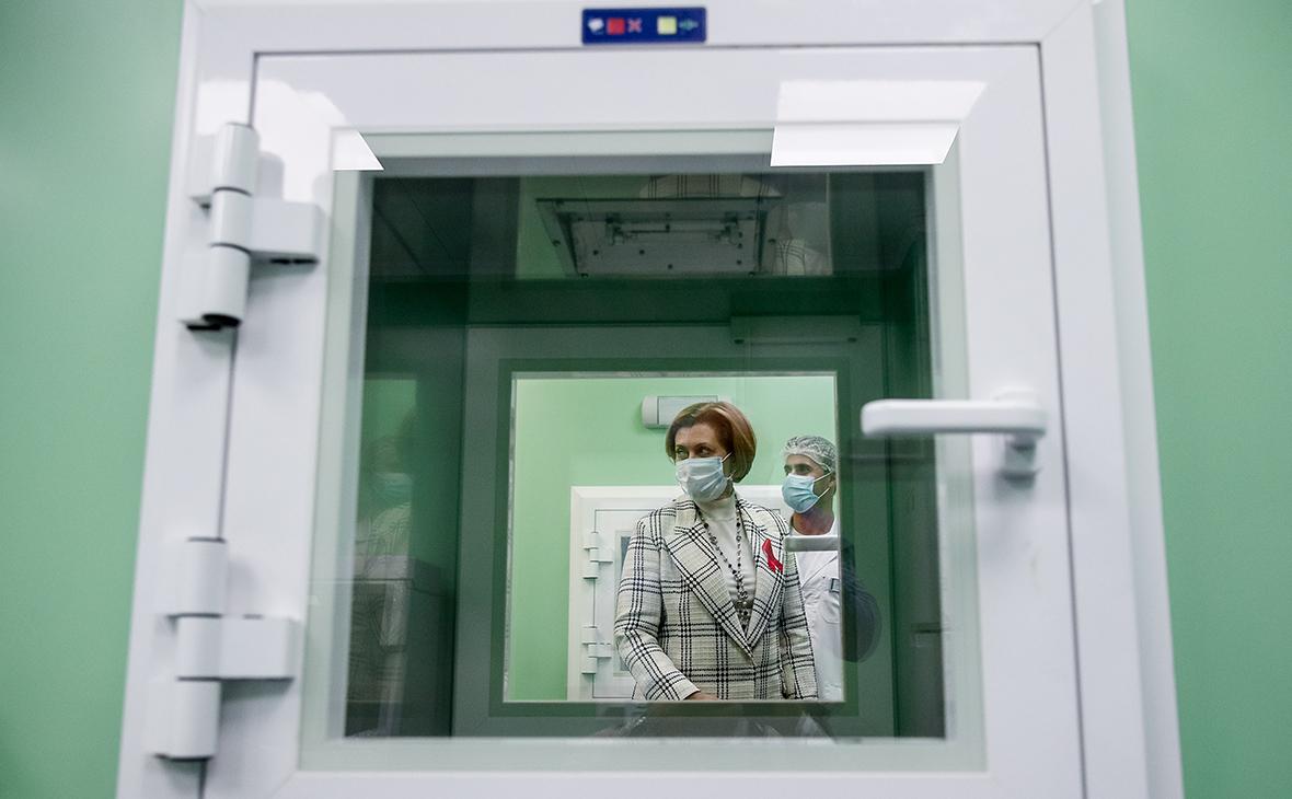 Попова оценила соблюдение изоляции после контактов с зараженными в России