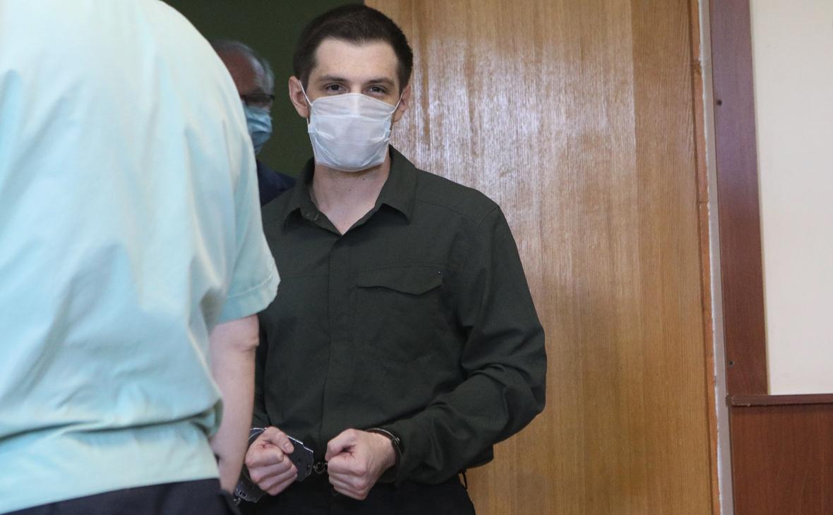 Осужденного в Москве студента из США проверят на вменяемость