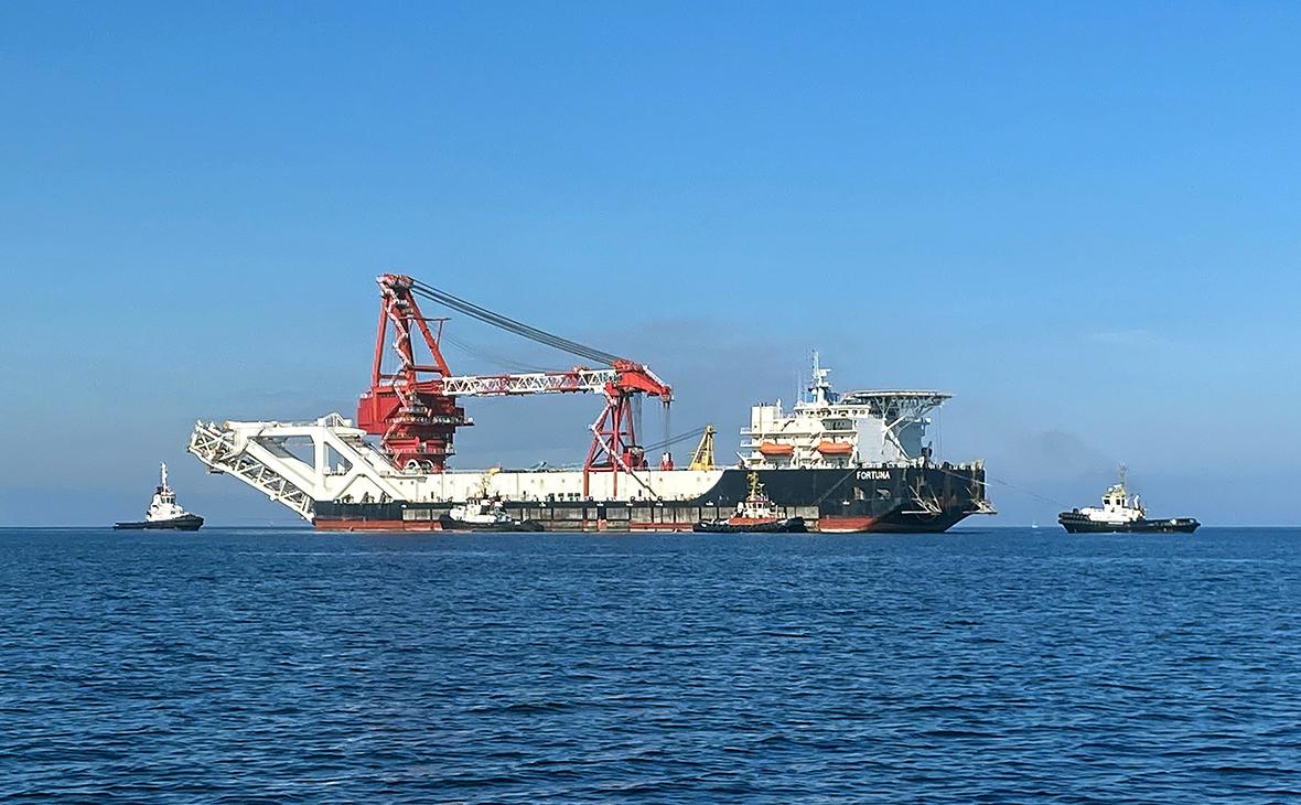 Российское судно начало достройку «Северного потока-2»