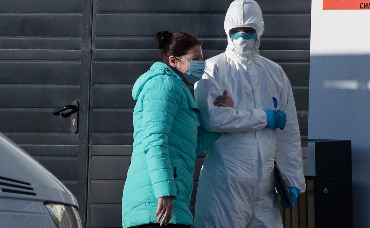 В России выявили 27,7 тыс. случаев COVID-19 за сутки