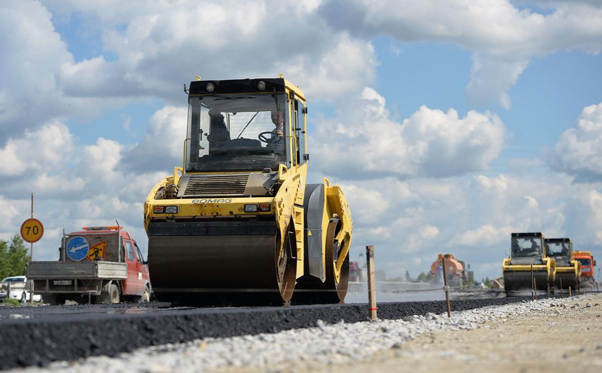 Путин назвал отстающие по строительству дорог регионы