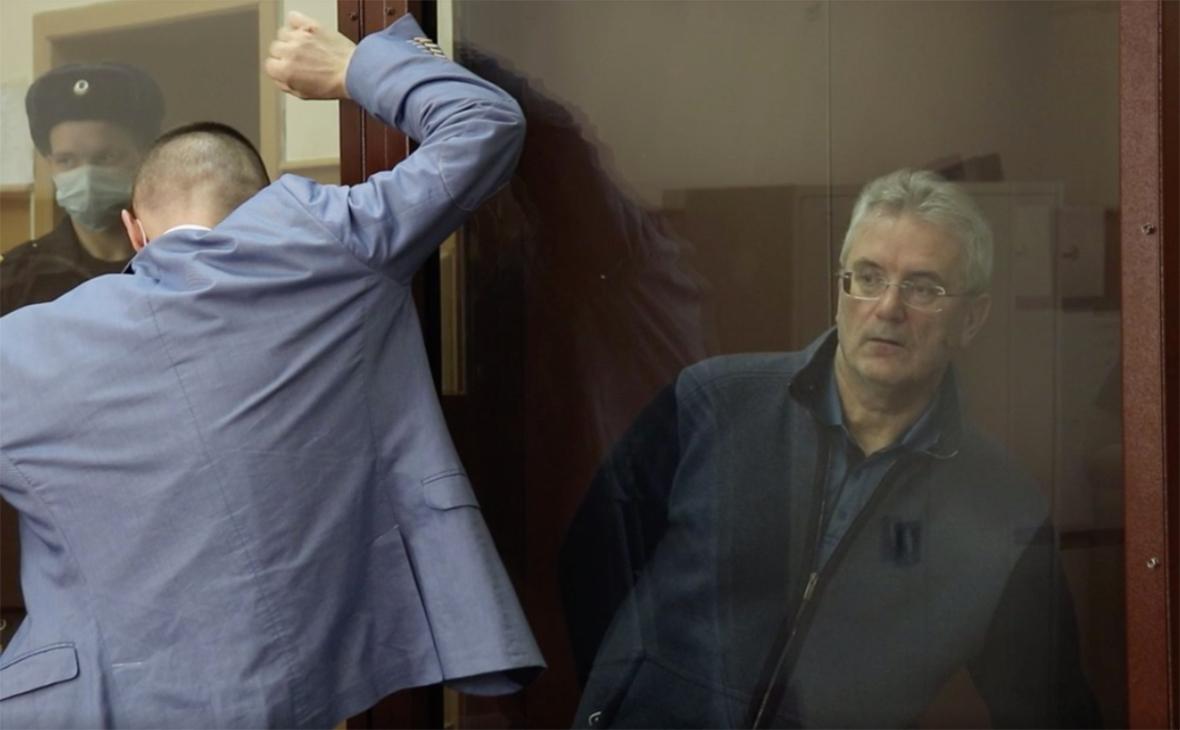 Путин уволил арестованного пензенского губернатора из-за утраты доверия