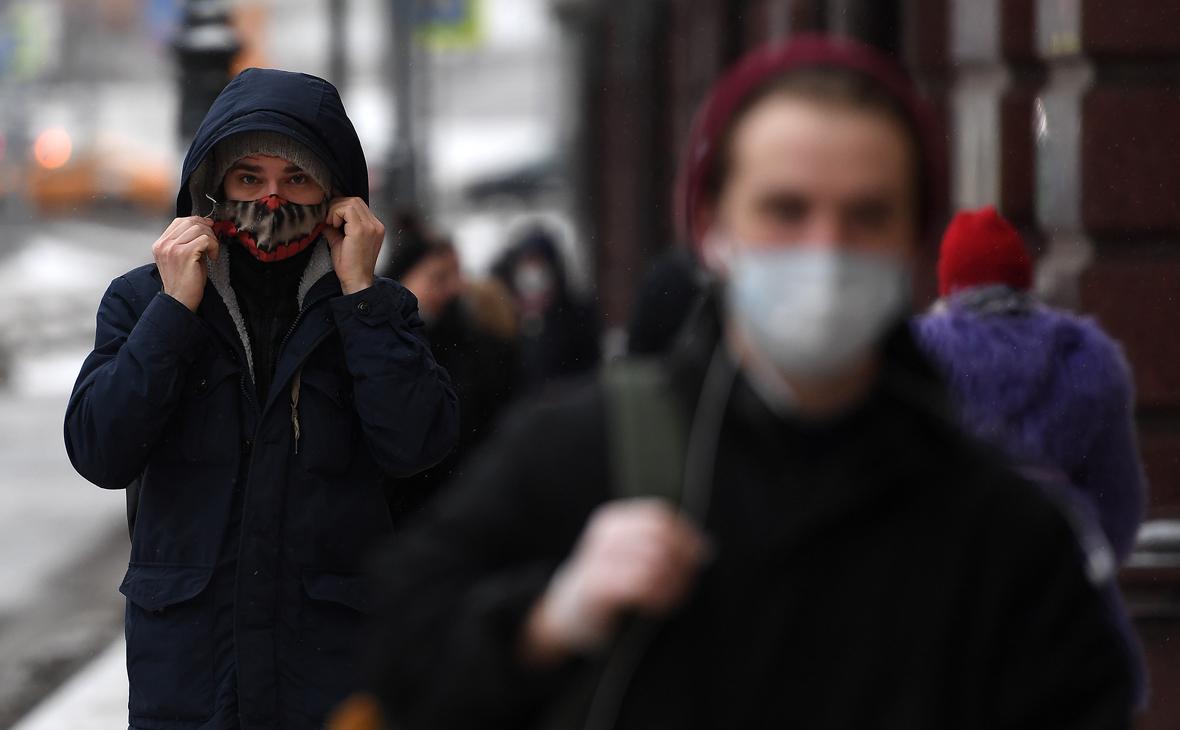 Эксперт фразой «живем своей инфекцией» оценил данные об источнике COVID