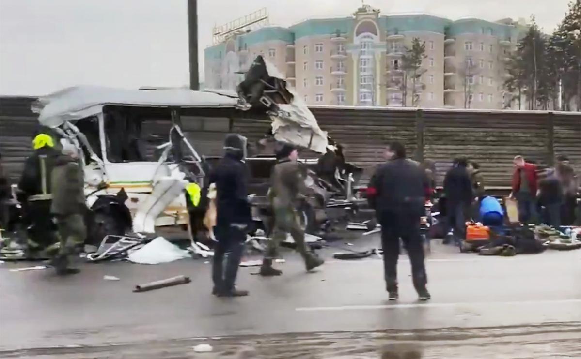 Власти Подмосковья назвали число пострадавших в ДТП с военными автобусами