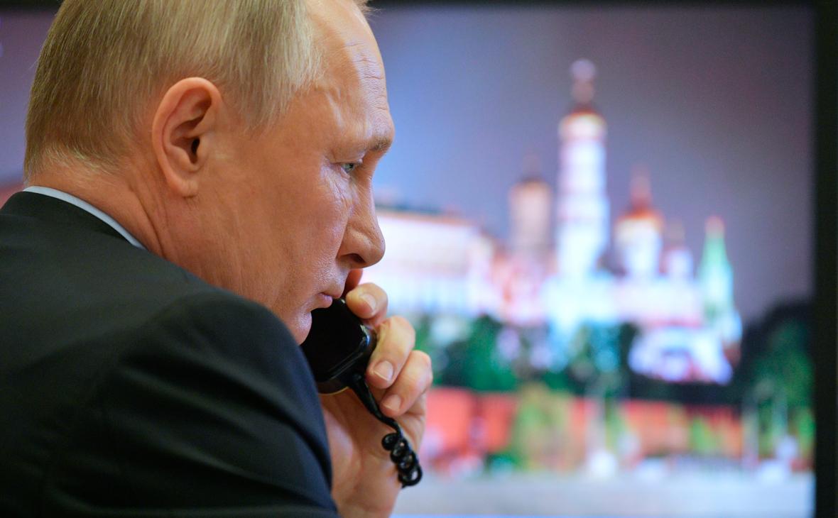 Путин и Меркель обсудили ситуацию в Нагорном Карабахе и Донбассе