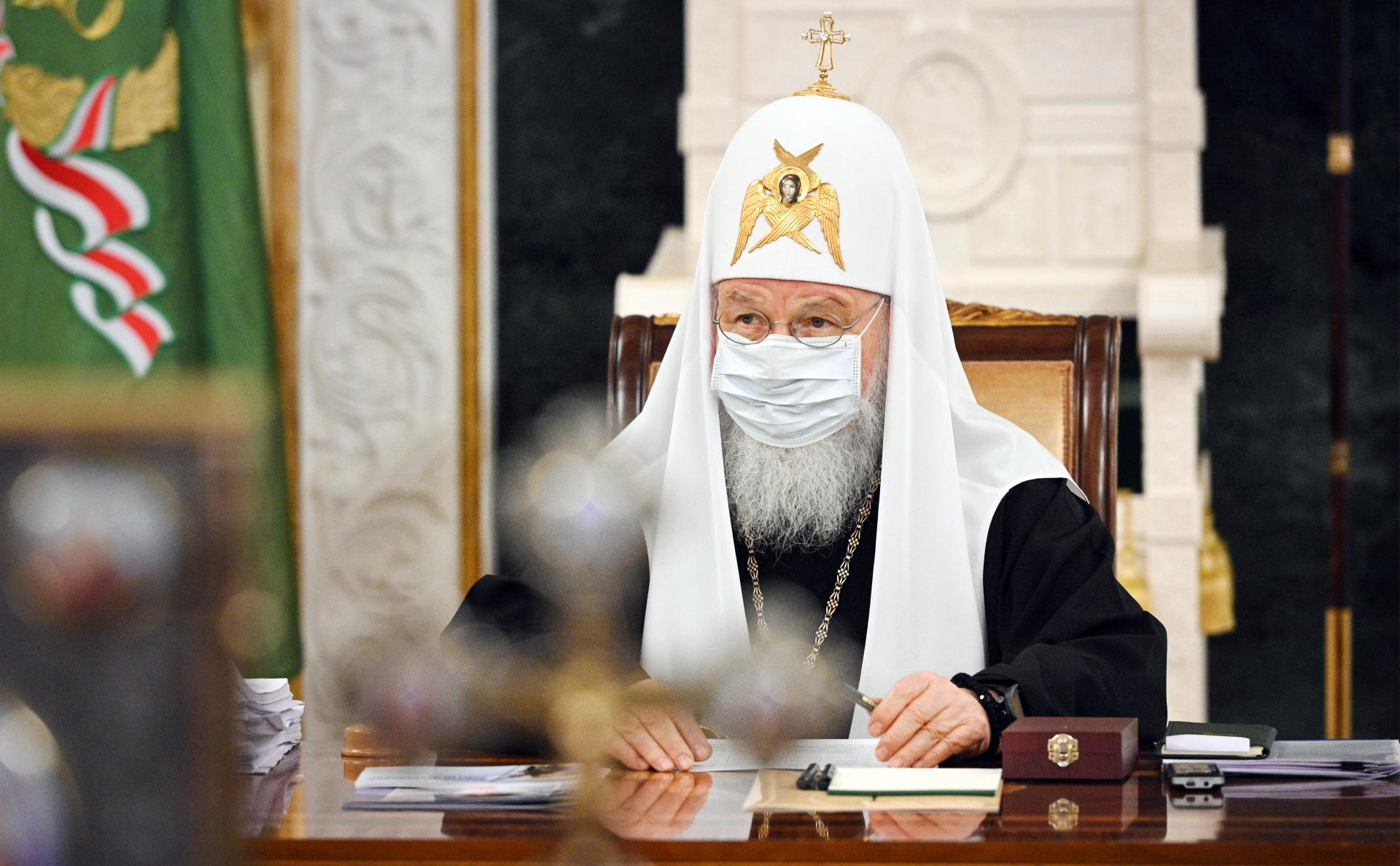 Патриарх Кирилл заявил о невозможности заразиться COVID через святые дары
