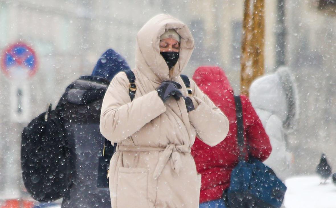 Юристы оценили решения властей Удмуртии и Чечни об отмене ношения масок