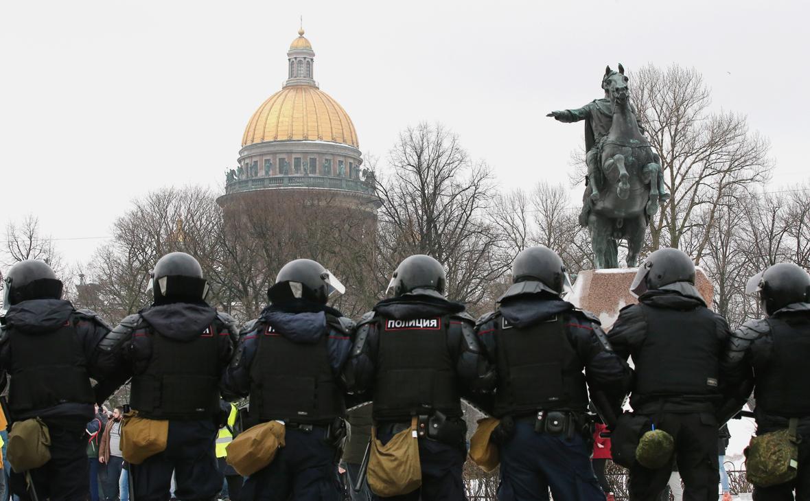 В Петербурге задержали напавшего на сотрудников ДПС в ходе акции протеста