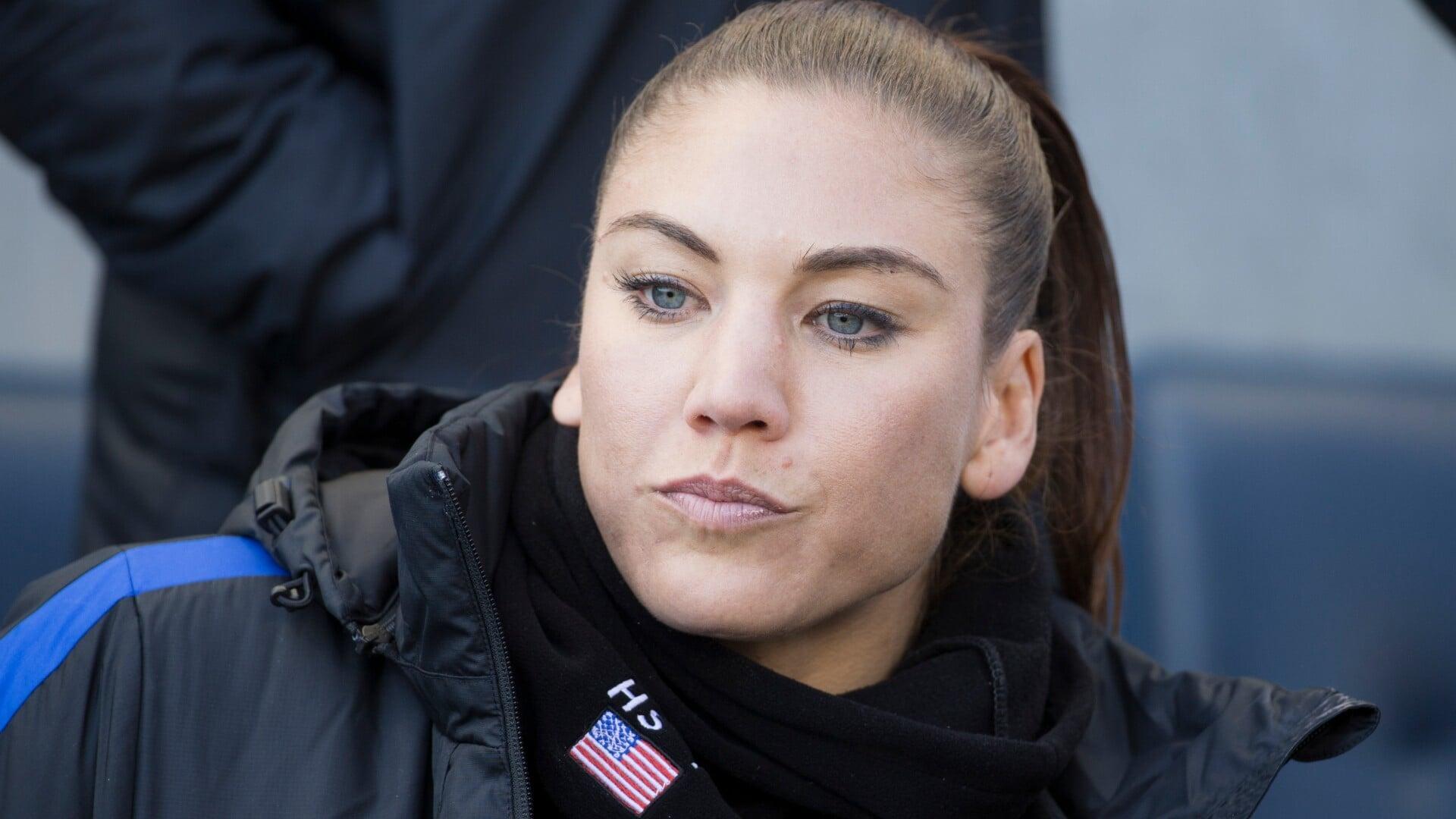 Экс-вратарь женской сборной США Соло о непопадании в национальный футбольный Зал славы: «Отстой. У меня мировой рекорд по сухим матчам среди мужчин и женщин»