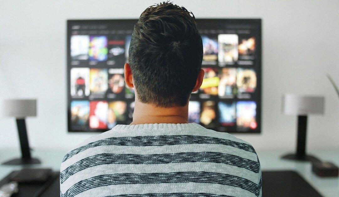 «Россия 1» пятый раз подряд обогнала Первый канал по популярности