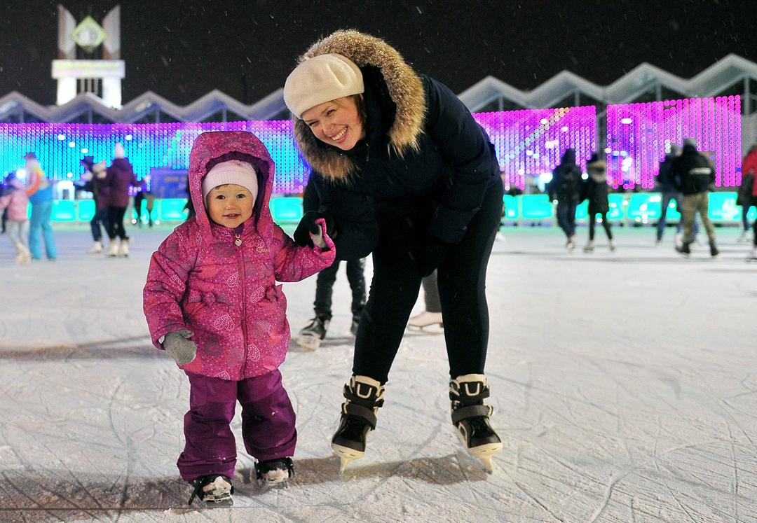 Россиянам объяснили, как получить новогодние выплаты на детей