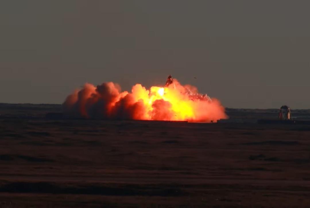 Прототип корабля Starship для колонизации Марса взорвался при посадке. Но Маск всё равно доволен