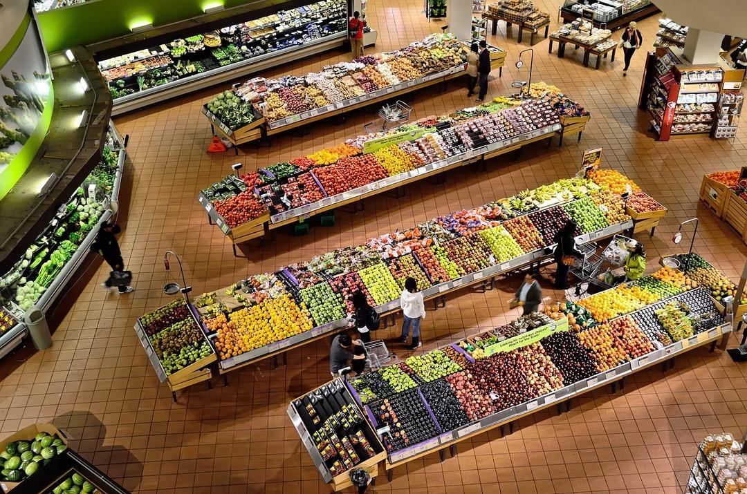 Путин дал неделю на то, чтобы остановить рост цен на продукты