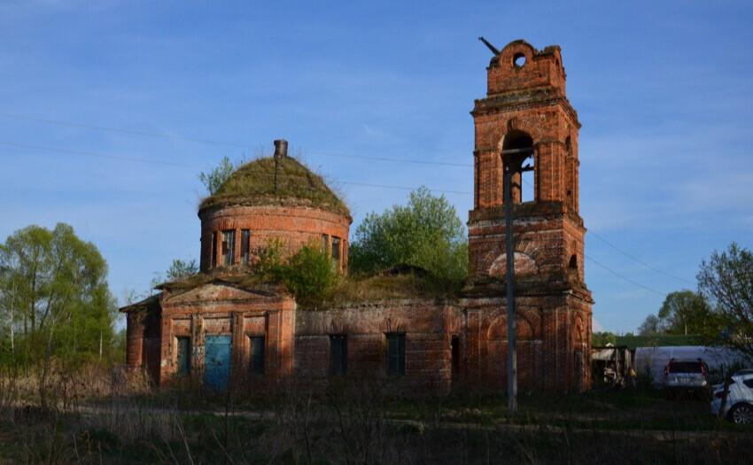 Россиянин купил старый православный храм на Avito за 186 тысяч рублей. В РПЦ начали проверку