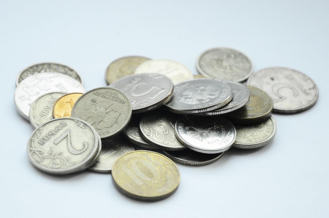 Стала известна сумма для победы над бедностью в России