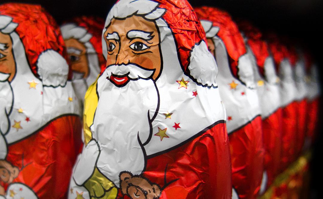Россияне в два раза чаще стали покупать сладкие подарки к Новому году