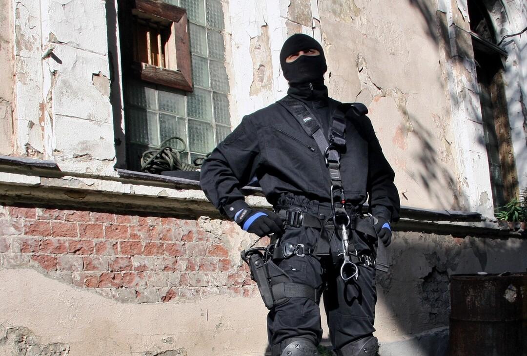 В Петербурге задержали лжеспецназовцев, которые устроили бизнес на «маски-шоу»