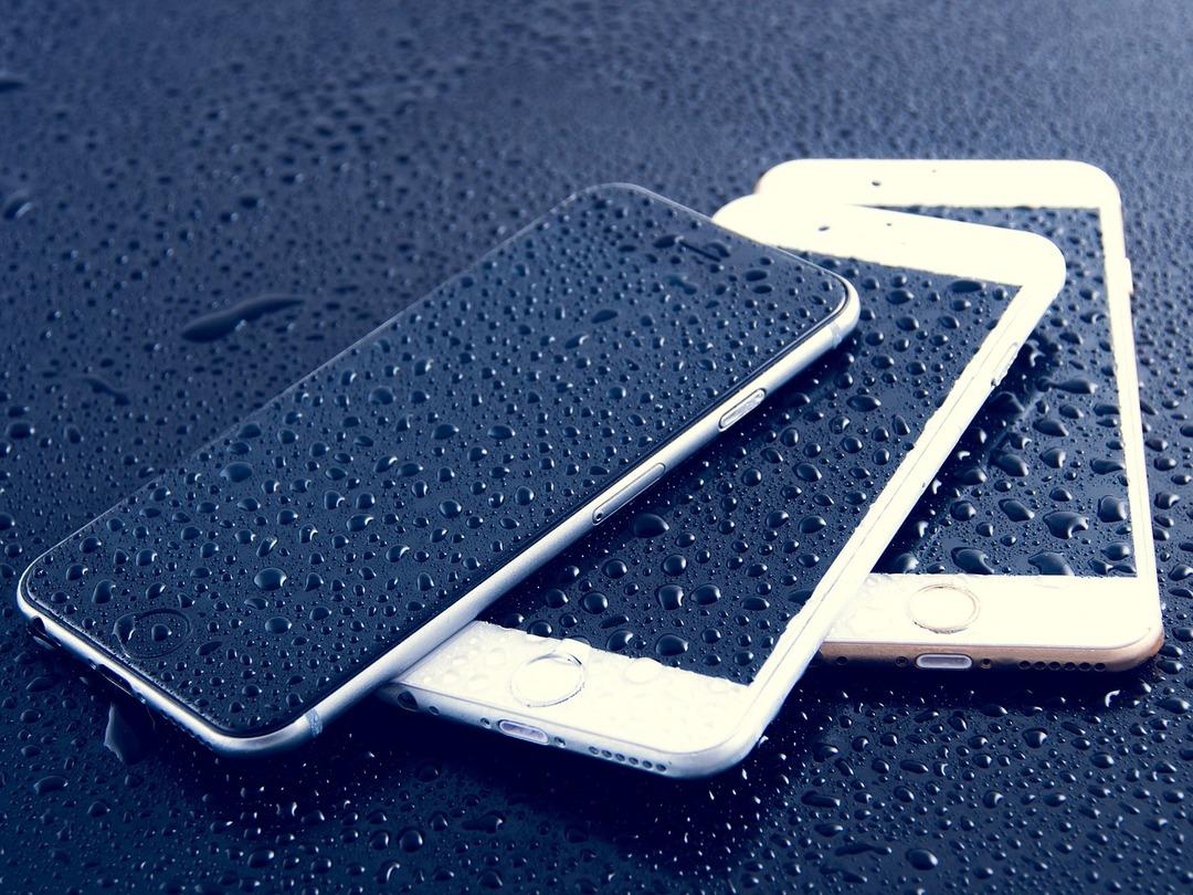 Apple хотят засудить из-за водонепроницаемости айфонов