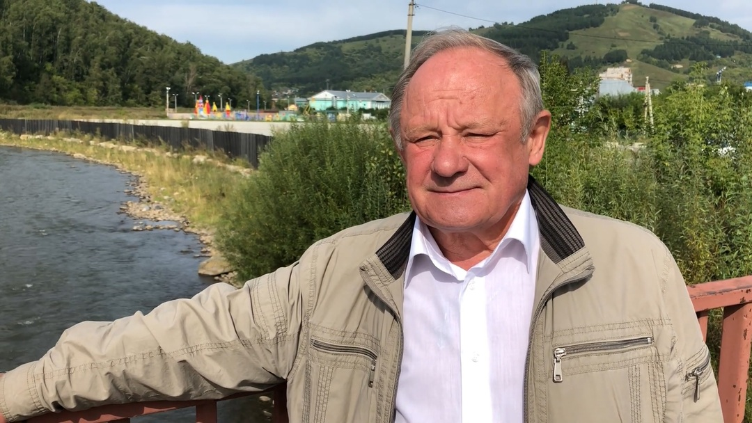 С экс-мэра Горно-Алтайска взыскали 1,5 млн рублей за хищение внедорожника