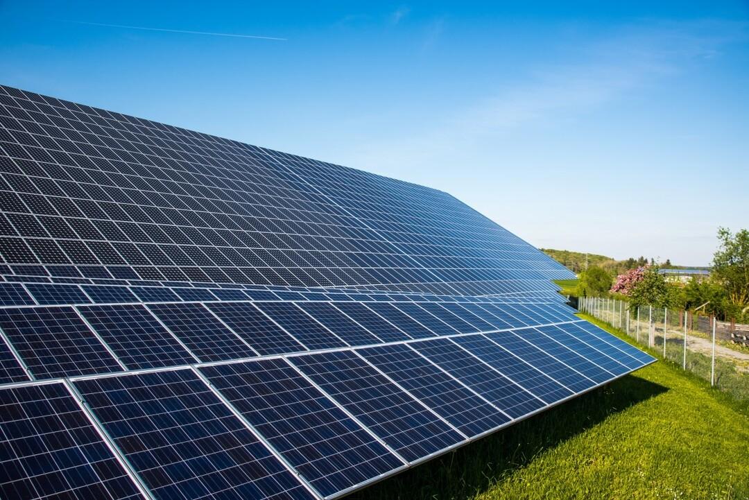 Фонды «зелёной» энергетики стали самыми доходными в 2020 году