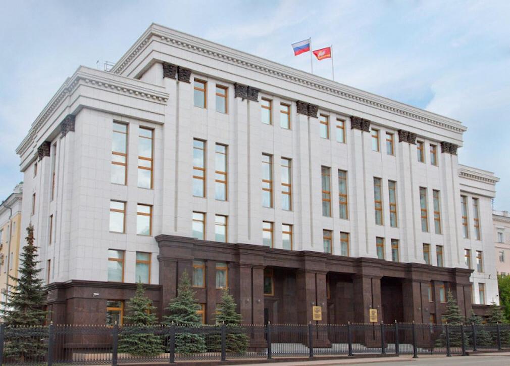 В Челябинской области поспорили из-за госзакупки автомобиля за 7,3 млн рублей