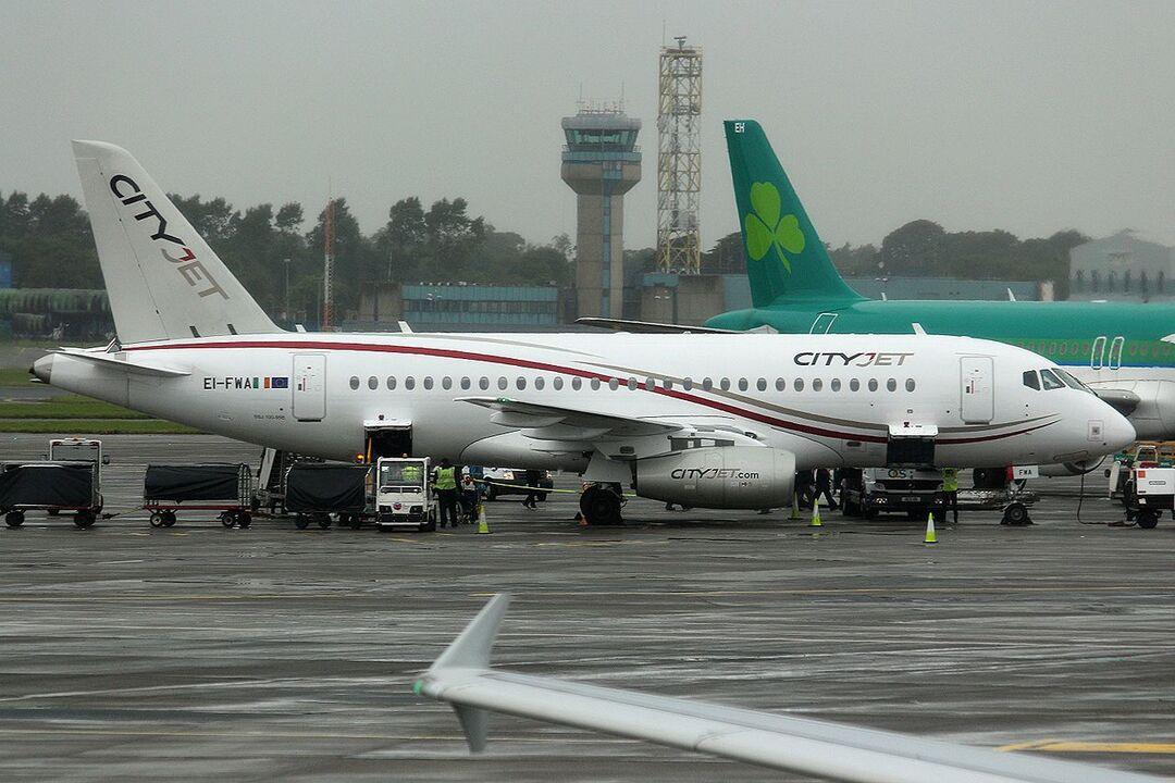 Россия выкупит последние европейские SSJ-100