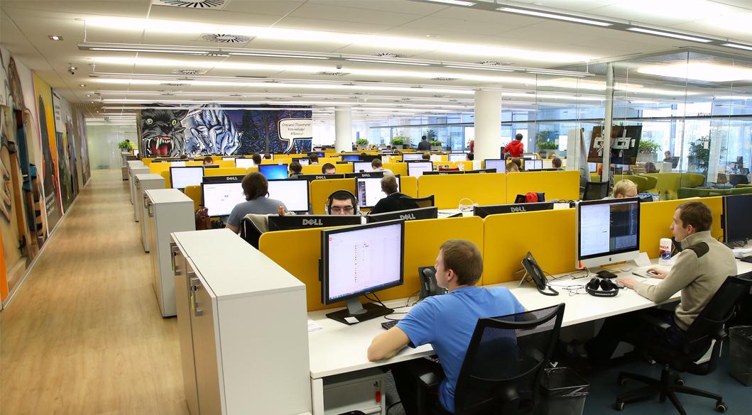 Топ-менеджеры Тинькофф-банка продали акции TCS Group на $7,37 млн