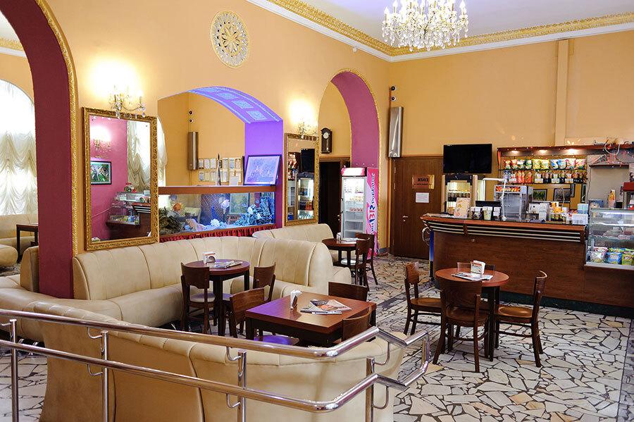 Московские власти предложили отменить НДС для ресторанов