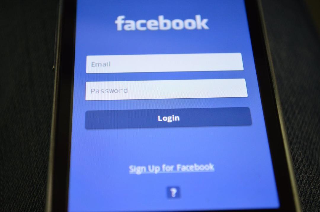 Facebook запретила австралийцам делиться новостями, чтобы не платить издателям