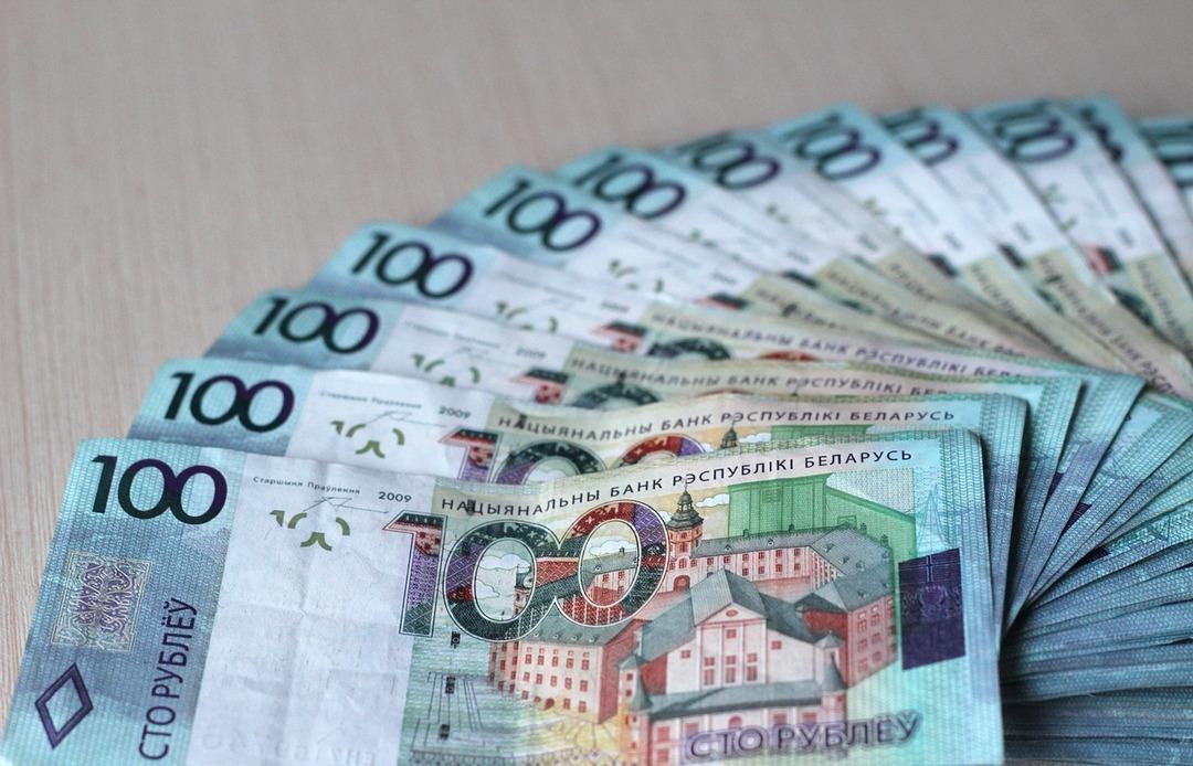 Нужно не менее $77 млрд. Белоруссия захотела получить кредиты от России и Китая