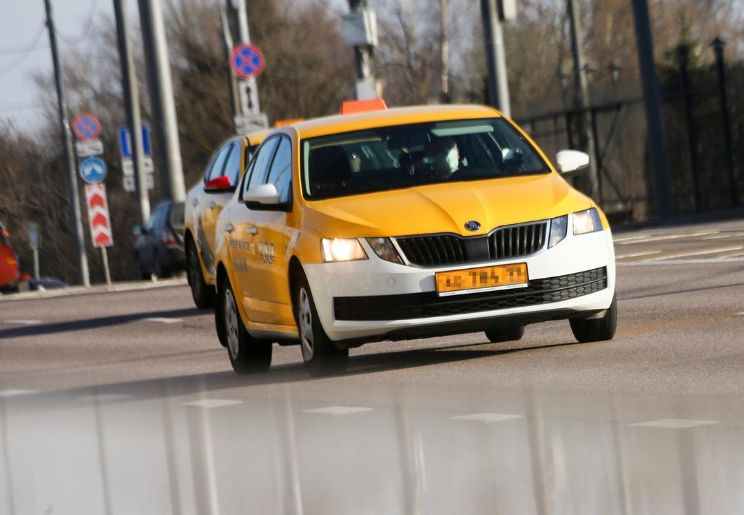 Москвич потратил 250 000 рублей на такси до Хабаровска из-за страха лететь на самолёте