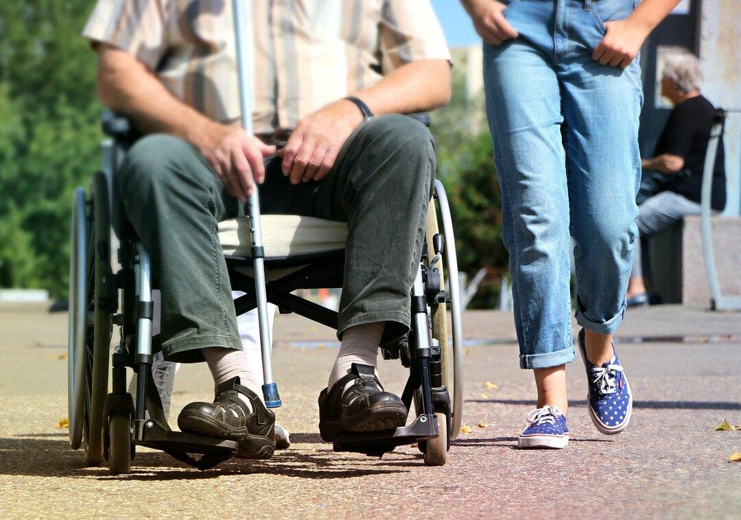 Российским инвалидам захотели разрешить получение сразу нескольких выплат