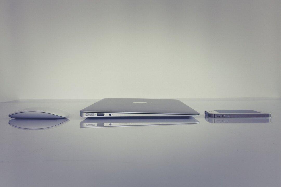 Apple начала искать поставщиков лазерных датчиков для своего беспилотного автомобиля