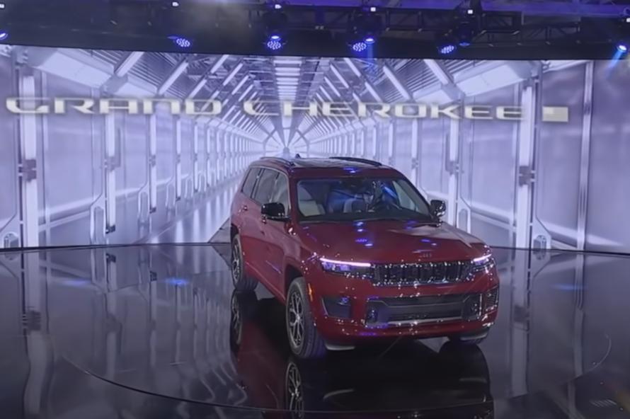 Производитель Jeep готов сменить название модели Cherokee. Этого потребовали индейцы