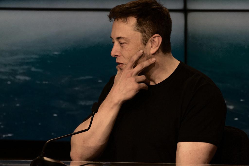 Илон Маск разбогател на $22,6 млрд за сутки