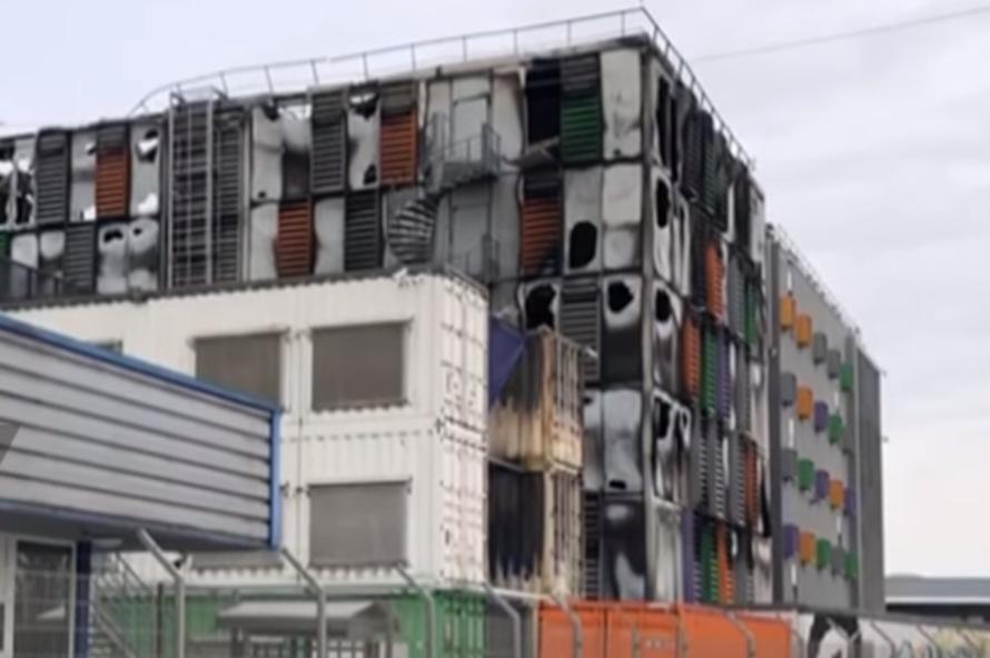 Пожар в одном из крупнейших дата-центров мира вывел из строя тысячи сайтов в Европе