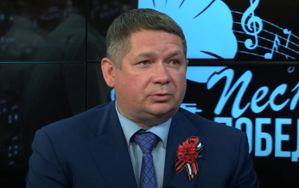 Зампреда правительства Ставрополья задержали за взятки на 63 млн рублей. Он пытался сбежать на самолёте
