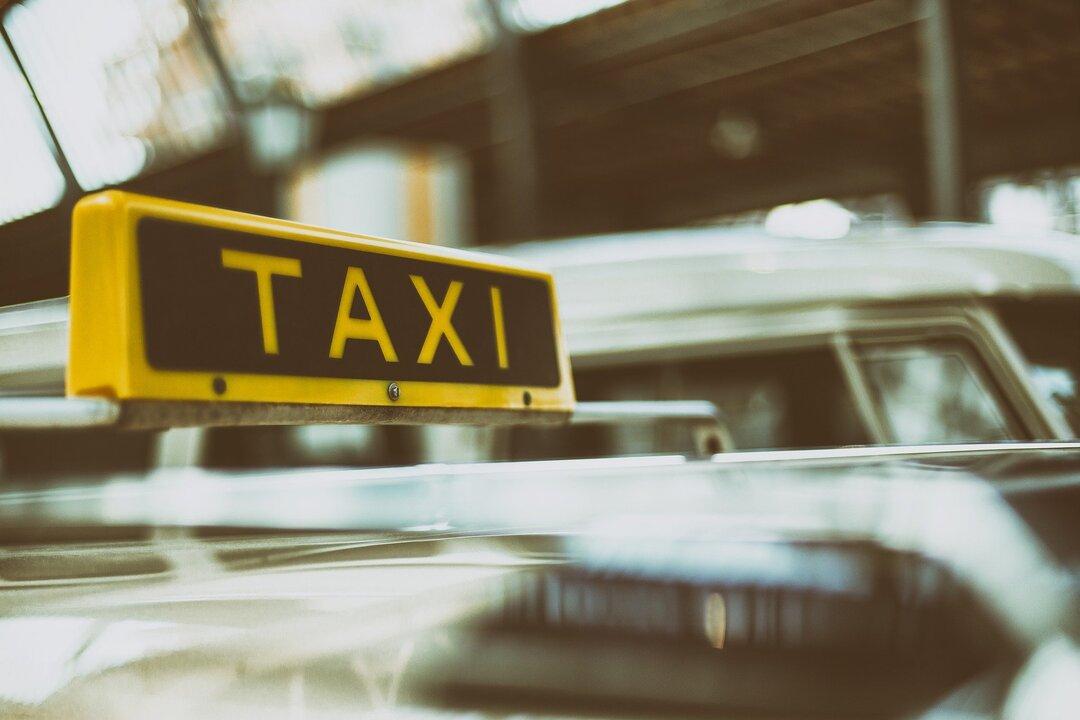 Россиян предупредили о возможном росте цен на такси