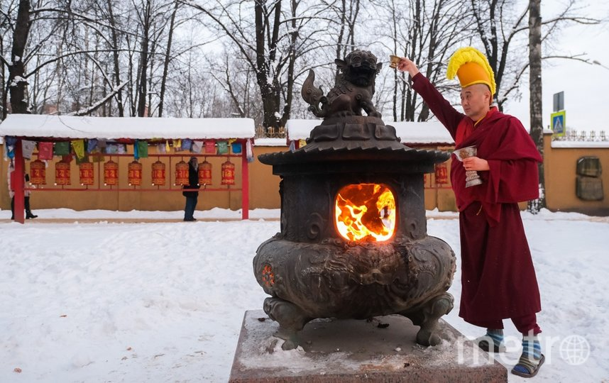 Петербургские буддисты проводили год Белой Металлической Мыши