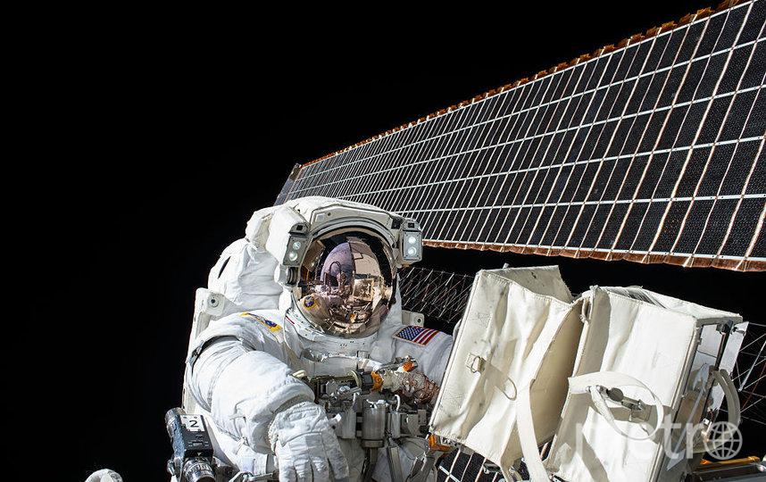 Космонавты нашли предположительное место второй трещины на МКС: что с этим будут делать