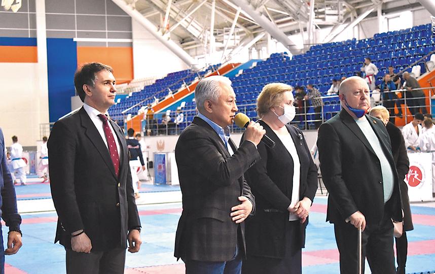 В Новосибирске завершился открытый турнир по карате «Кубок Успеха»
