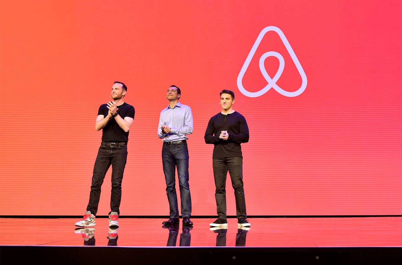 В ходе IPO акции Airbnb подорожали вдвое, а капитализация превысила $100 млрд
